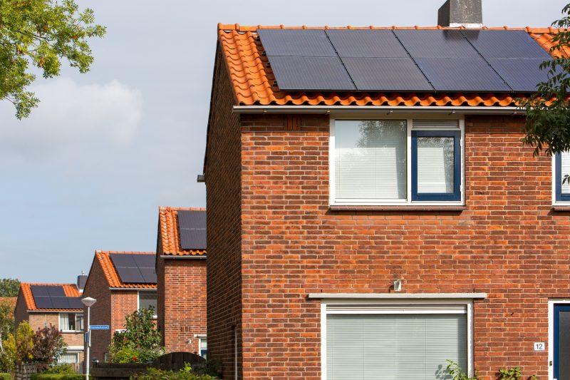 De Zoncorporatie - zonnepanelen op daken woonforte alphen aan de rijn 2