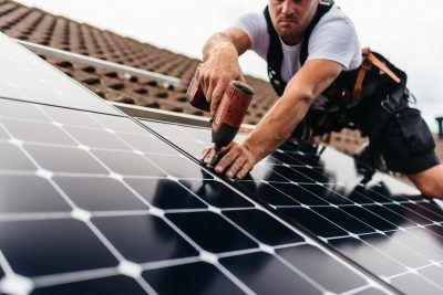 De Zoncorporatie - zonnepanelen installeren op dak 10
